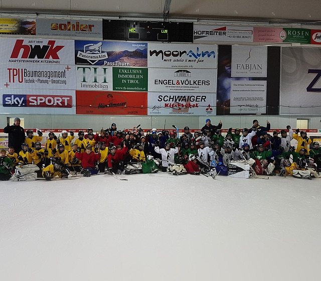 80 Kids beim Learn to Play-Event